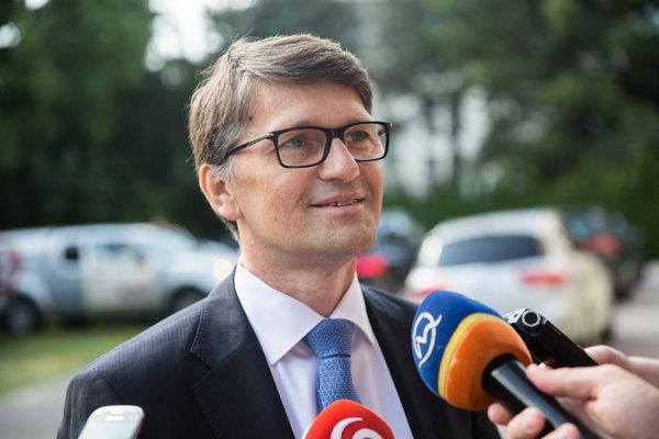 Ministri sa v stredu stretli prvýkrát na rokovaní vlády po letných prázdninách.