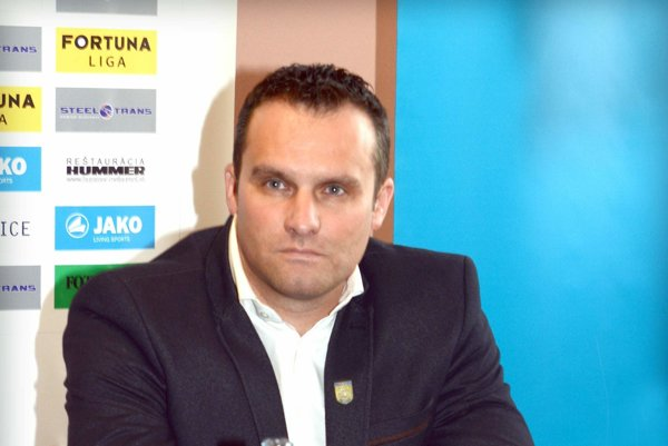 Ján Lesniak. Vieme, čo treba na štadióne vMoldave zabezpečiť.