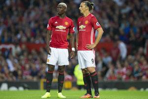 Paul Pogba (vľavo), najdrahší hráč histórie, a Zlatan Ibrahimovič, hrdina stretnutia.