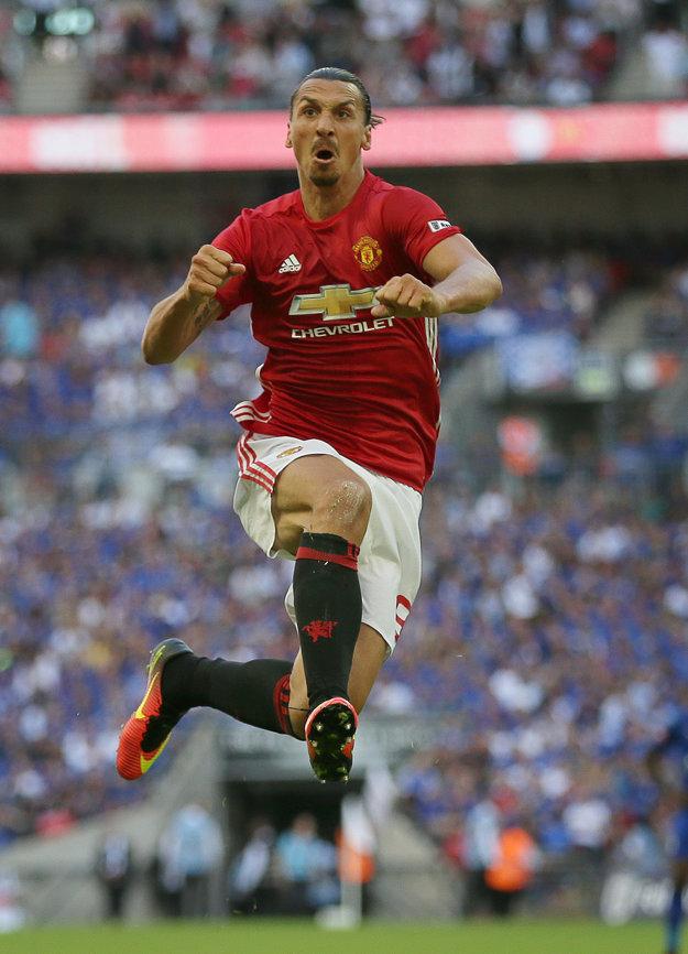 Je mu jedno či dá gól, ale dáva jeden za druhým.