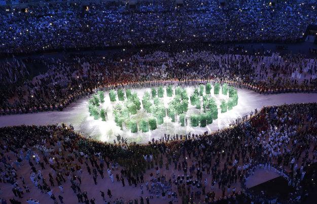 OH v Riu nezostali len pri symboloch. V otváracom ceremoniáli sa zaviazali, že za každého súťažiaceho zasadia v Riu jeden strom.