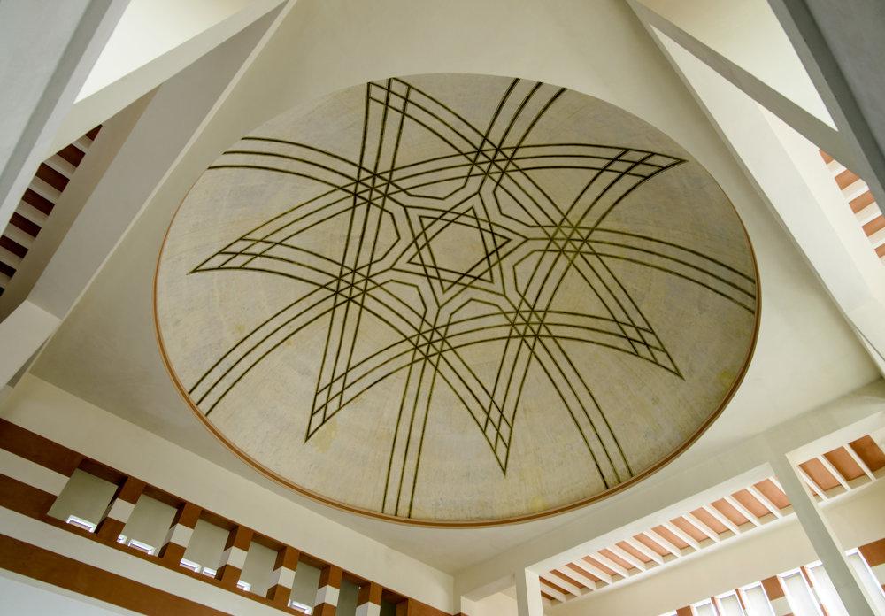 Výnimočná Nová synagóga v Žiline, ktorú začiatkom 20. storočia vytvoril svetoznámy architekt Peter Behrens.