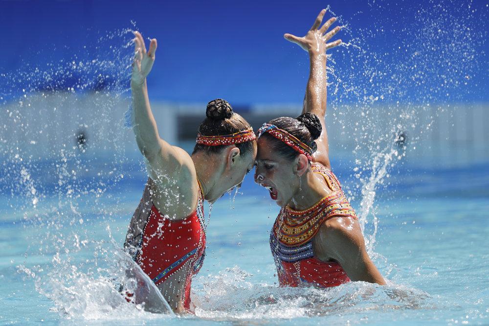 Synchronizované plávanie, Francúzky Laura Augeová a Margaux Chretienová.