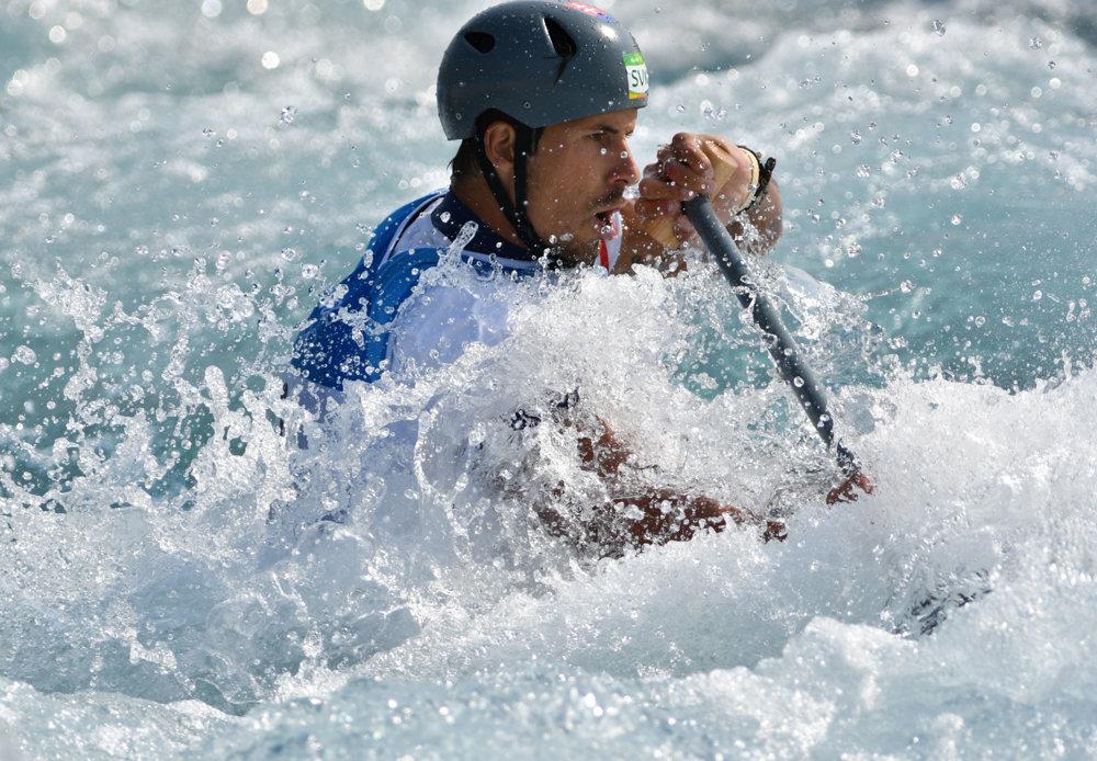Vodný slalom, slovenský kanoista Matej Beňuš, držiteľ striebornej medaily.