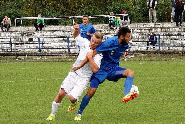Jediný gól domácich strelil Tomáš Tlelka (vpravo).