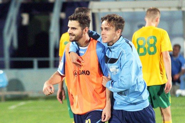 Márius Charizopulos (vľavo) nastúpil od začiatku a pečatil víťazstvo 2:0 nad Žilinou B.