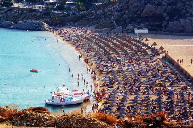 Super Paradise Beach.