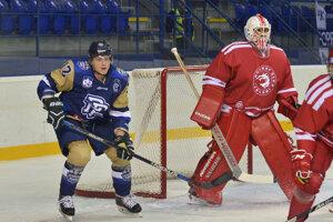 Dávid Bondra (vľavo) si obliekol dres Popradu aj na nedávnom domácom Tatranskom pohári.