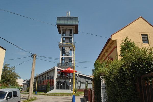 Vodárenská veža. Je zrekonštruovaná, ale málo navštevovaná.