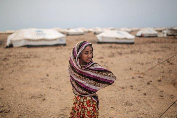 Zo svojich príbytkov utieklo takmer pol milióna ľudí.