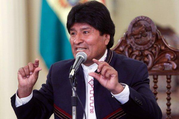 Evo Morales poslal vojakov do pekární.