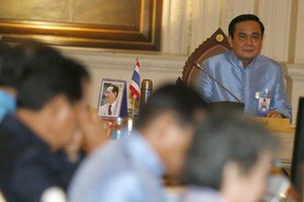 Premiér a hlava vojenskej junty Prayuth Chan-ocha.