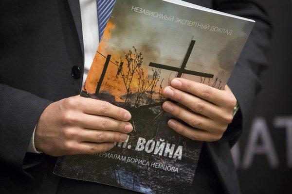 Za myšlienkou vydania správy stál zavraždený Boris Nemcov.