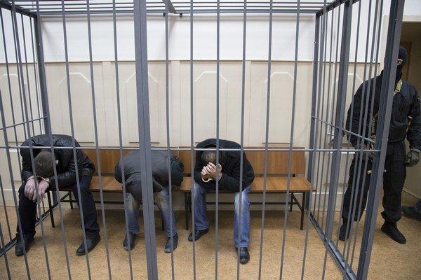 Turecký súd v Istanbule zbavil v stredu obžaloby 26 ľudí, ktorí boli obvinení z rozličných trestných činov.