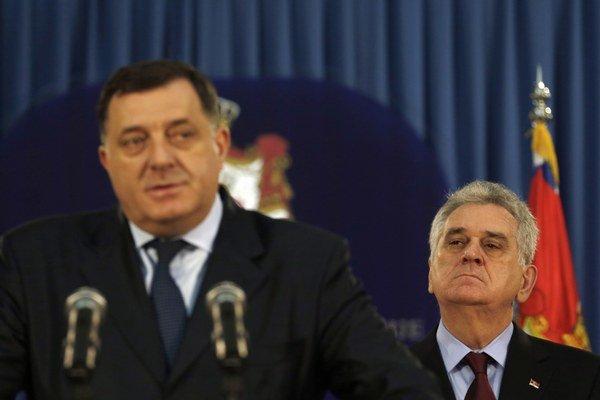 """Dodik povedal, že bosnianski Srbi majú právo """"sa brániť""""."""