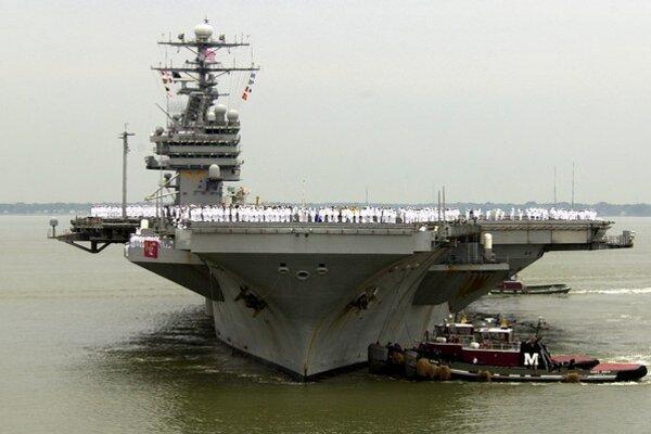 Lietadlová loď USS Theodore Roosevelt.