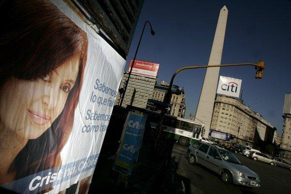 Vyšetrovanie voči prezidentke a ďalším osobnostiam z jej okolia inicioval medzičasom zosnulý prokurátor Alberto Nisman.