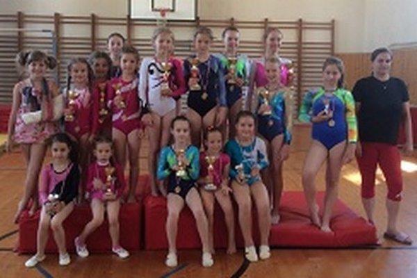 Úspešné gymnastky.