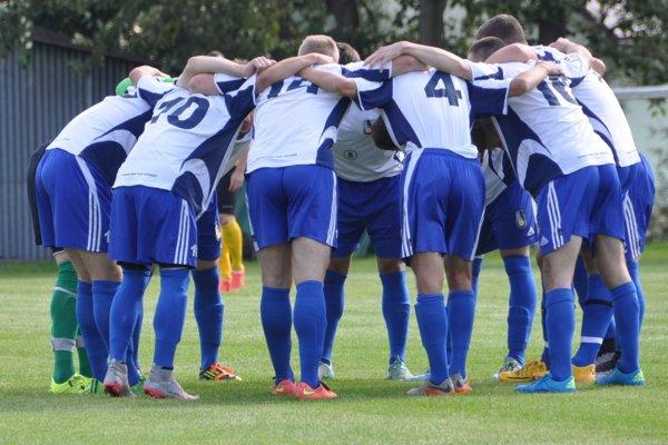 Futbalisti Dolného Kubína prvé štyri zápasy sezóny prehrali. Posledné dva však vyhrali.