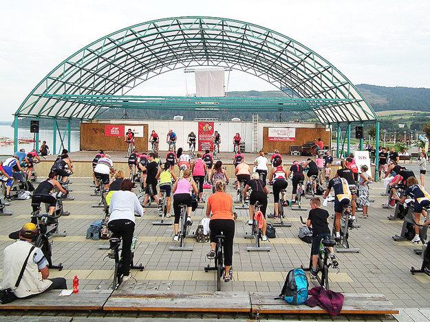 V prvú septembrovú sobotu námestovské Nábrežie obsadili spinnery.