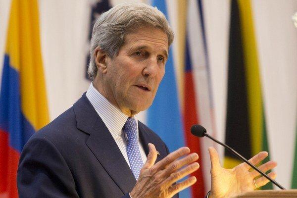 Ministri zahraničných vecí USA a Kuby sa v noci na piatok stretli v Paname.