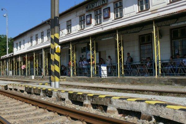 Martinská stanica sa možno už o rok začne opravovať.