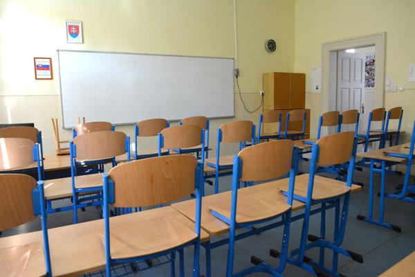 V niektorých školách to na prvej hodine vyzeralo takto.
