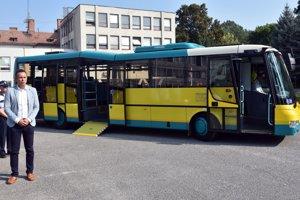 Nová autobus pre mestskú dopravu.