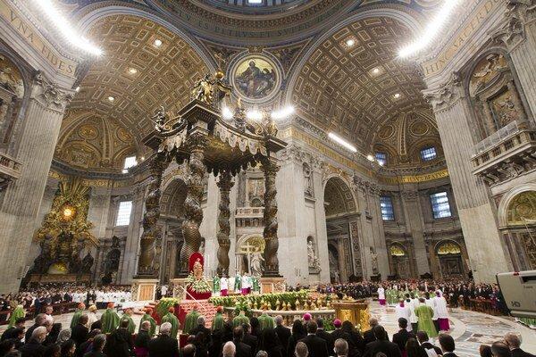 Michelangelo má zásadný podiel na súčasnej podobe Baziliky svätého Petra.