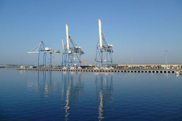 Jeden z cyperských prístavov.