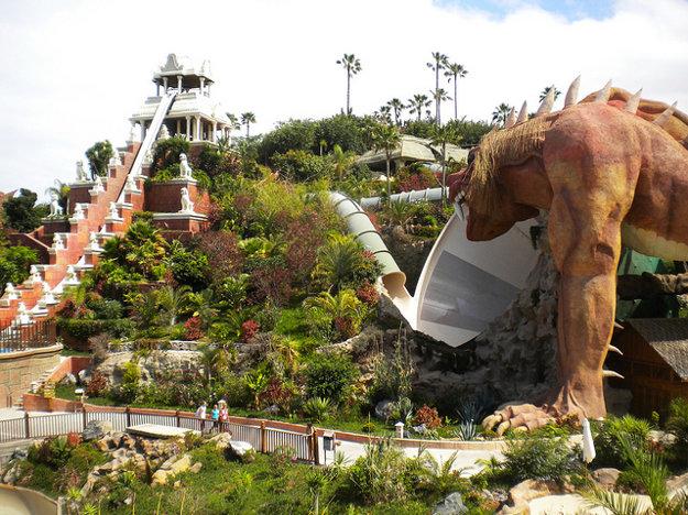 Siam Park na Tenerife je doslova nabitý atrakciami.