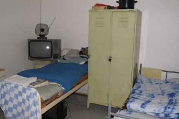 Útulok poskytuje ubytovanie len pre triezvych bezdomovcov.
