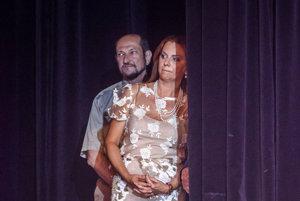 Boris Zala a Monika Flašíková-Beňová pred snemom Smeru stranu čoraz otvorenejšie kritizujú.