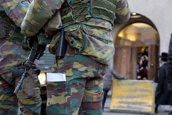 V Belgicku po zneškodnení dvoch teroristov zvýšili bezpečnosť napríklad aj pri židovských školách.