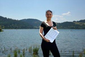 Zuzana Beňadiková. Po odoslanej petícii sa obracia na vedenie ministerstva formouotvoreného listu.