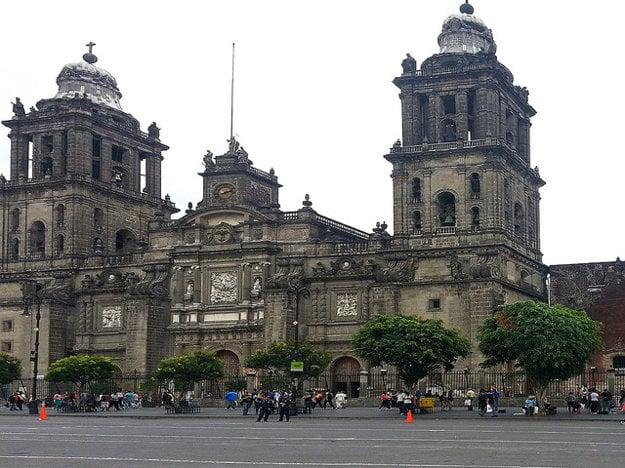 Metropolitná katedrála v Mexiko city.