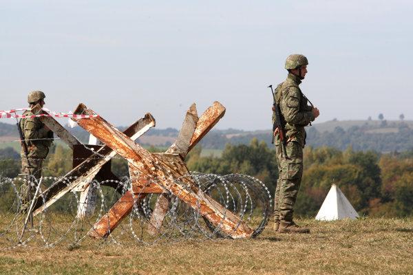 Aktívne zálohy by mali v budúcnosti pomáhať profesionálnym vojakom pri povodniach či iných krízových situáciách.
