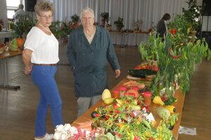 Na výstave v Necpaloch prezentovali seniori hlavne zeleninu.