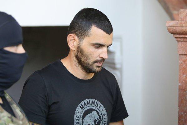 Marek Orlík prichádza na rozhodovanie o väzbe.