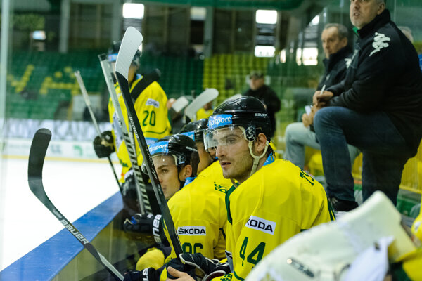 Hokejisti Žiliny i napriek výhre nad Popradom nemali chuť na veľké oslavy.