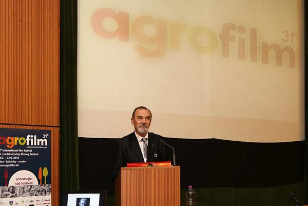 Agrofilm prináša dokumentárne filmy o poľnohospodárstve, potravinárstve, rozvoji regiónov a udržaní života na vidieku.