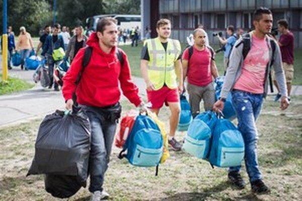 Do Gabčíkova prišli prví žiadatelia o azyl v Rakúsku.
