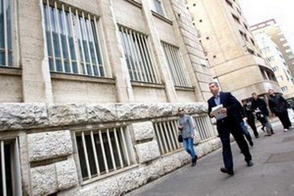 Vyšetrovanie nepriamej korupcie pri výberovom konaní na právnych čakateľov prokuratúry už vyšetrovateľ ukončil.