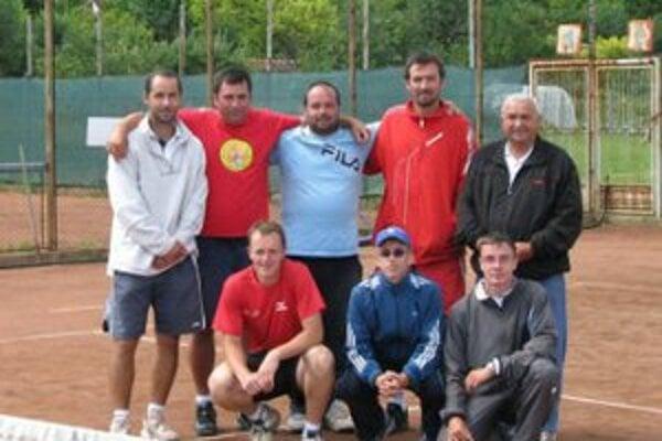 Tenisti z TK TC Bojnice dokázali postúpiť do prvej ligy.