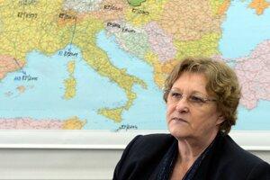 Sťahovanie kancelárie Jany Dubovcovej sprevádzali finančné ťažkosti.