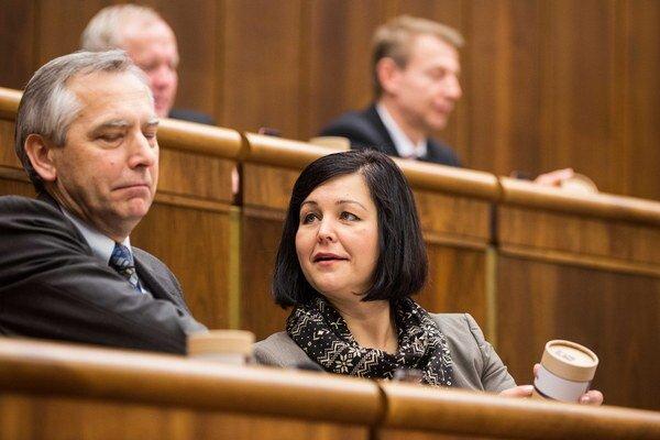 Podpredsedníčka parlamentu Erika Jurinová a podpredseda parlamentu Ján Figeľ.