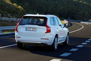 Volvo XC90 T8 v teste Profitu