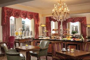 Raňajky v Executive Lounge
