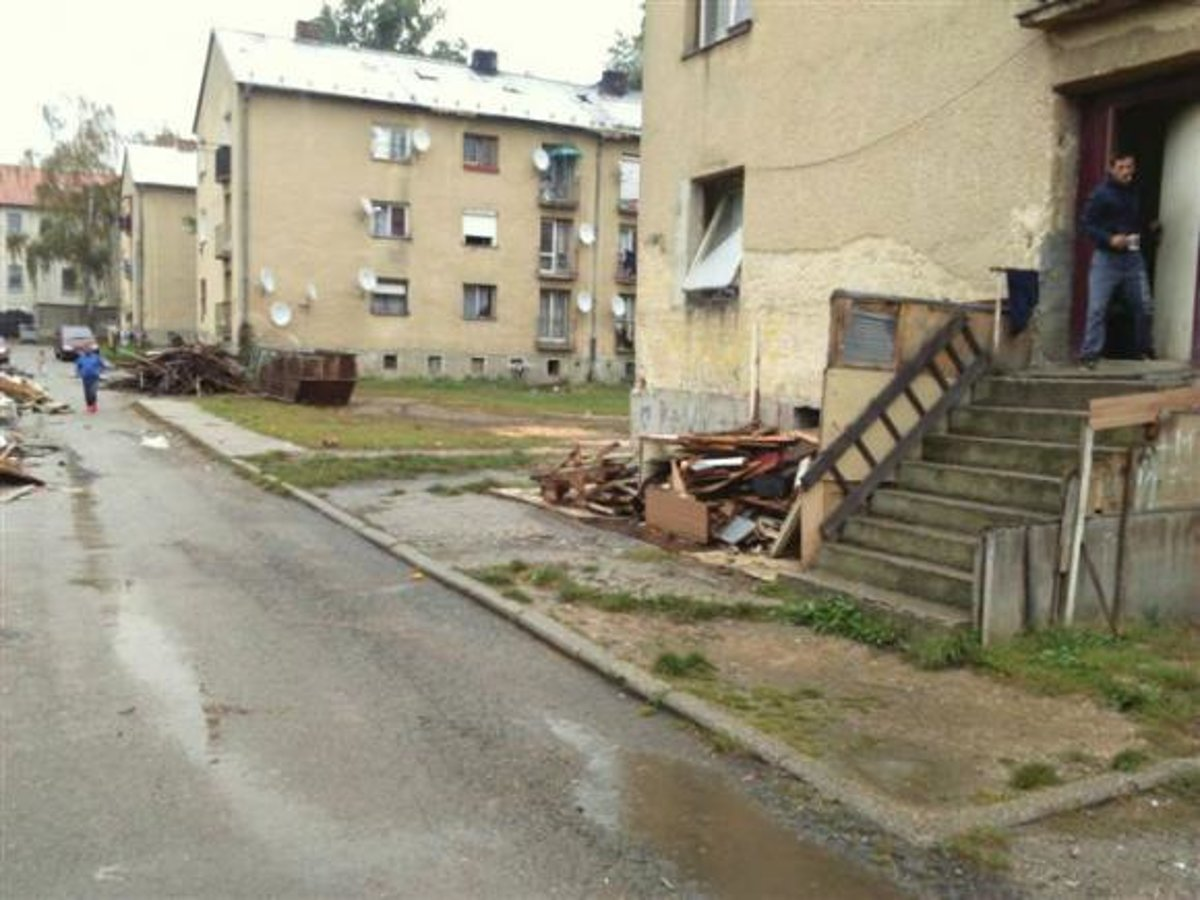 90116561a Obyvatelia domov na ulici K nemocnici sa musia vysťahovať - SME | MY ...