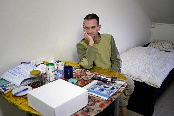Ivana tri roky zotročovali v Slovinsku. Ani po páde zo strechy so zlomenou rukou ho nezobrali na lekárske ošetrenie.